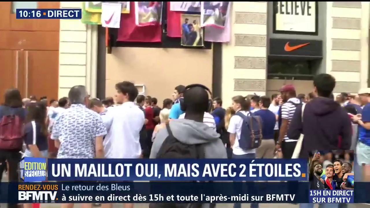 d6979ff37f4 La boutique Nike des Champs-Elysées est fermée